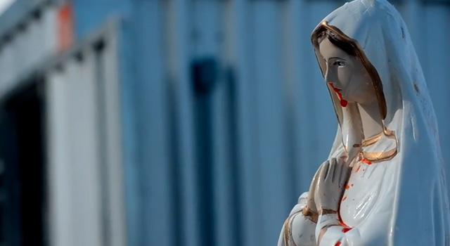 La donna è sacra, non è falso e non è un miracolo