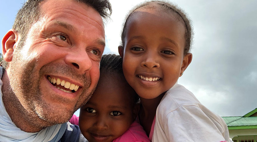 Per aiutare i bambini e le mamme Samburu in Kenya